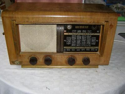 Ancien poste TSF Electric Berry Radio