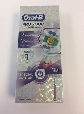 Oral-B Pro 2000 3D White Electric Rechargeable Toothbrush - Pink
