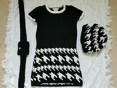 Girls Monochrome Outfit  (3-4 years)