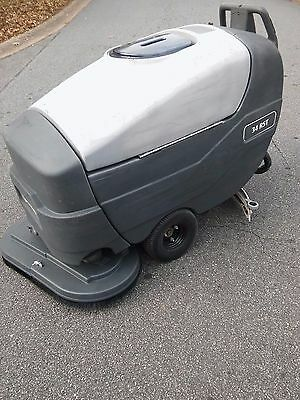Advance 34 Rst Walk Behind Floor Scrubber