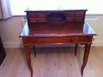 Antique Elegant Mahogany Effect Writing Table With Drawers