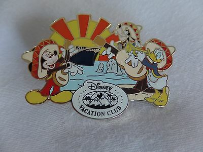 Disney Vacation Club Pin DVC Mickey Mouse, Goofy & Donald Duck Mexican Riviera