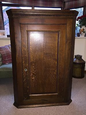 Oak Corner Cupboard Georgian