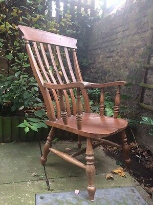 Vintage pine? Lean back wooden chair