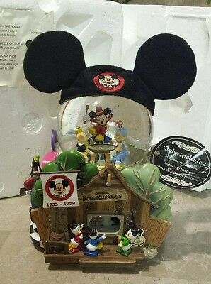 Disney Large Snowglobe Light Music Disney Store Collectable Mickey Mouse