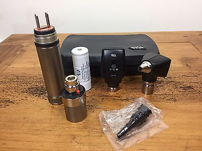 Welch Allyn 3.5V Otoscope 25020A & Ophthalmoscope 11720 Diagnostic Set W Handle