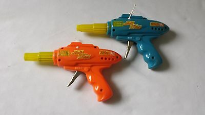 PAIR OF VINTAGE C1960S 70's PLASTIC CHILDS RAY GUN - WORKING 'RAY RATTLE' SOUND