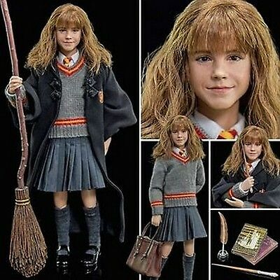 Harry Potter and the Philosopher's Stone ~ Hermione Granger  1/6th action figure