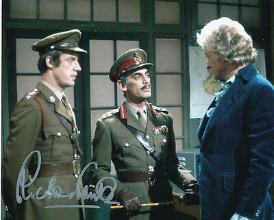 Richard Franklin In Person Signed Photo - B167 - Doctor Who