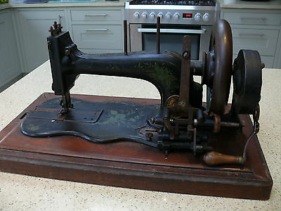 Antique Vintage Frister Rossmann Hand Crank German Sewing Machine & Case Singer