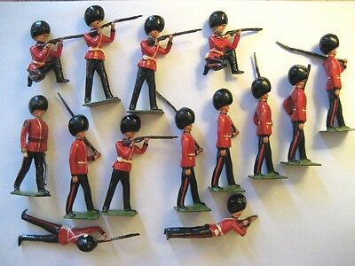 Vtg Britains Ltd Queen's Guard Toy Soldiers Arms Move 14