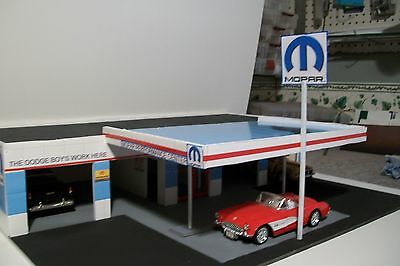 4 BAY GAS STATION FOR 1:24 SCALE DIORAMA your choice gas CBCUSTOMTOYS