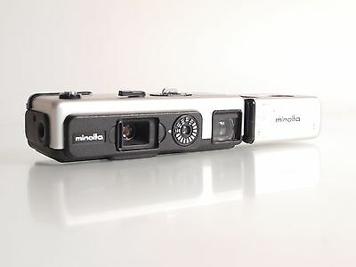 Minolta 16QT Pocketkamera mit/with Rokkor 1:3,5 / 23mm    (FF01055)