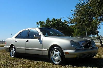 1998 Mercedes-Benz E-Class FLORIDA RUST FREE GEM~NO ACCIDENTS!!!!  GORGEOUS E430 V8~81,000 MILES~NO RUST~CARFAX CERTIFIED~$53,000 new! BOSE~SUNROOF
