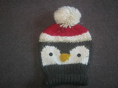 Girls Winter Penguin design pattern bobble hat  One Size