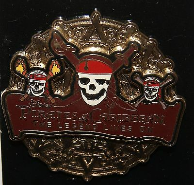 DISNEY Pirates of the Caribbean Pin On Pin 3D The Legend Lives On skeleton skull