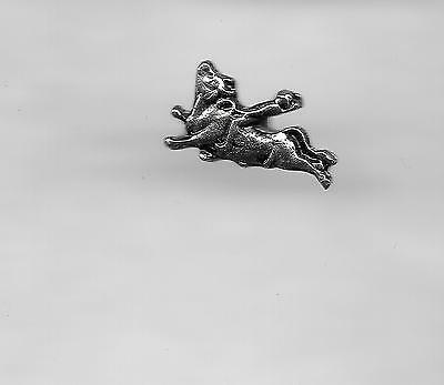 Vintage Rodeo Bull Riding Event P sculpted old metal lapel pin