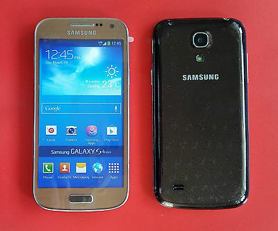 Samsung Galaxy S4 mini in Braun Handy DUMMY Attrappe - Requisit, Präsentation