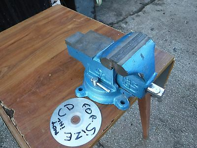 """4""""  (10cm)  ENGINEERS   BENCH  VICE.  ROTATING BASE.   FREE  DELIVERY."""