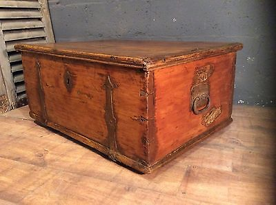 rare antique dutch vintage pine trunk chest box poss coffee table