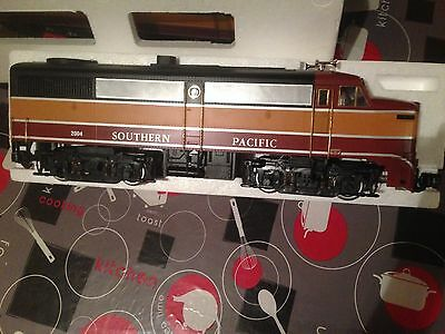locomotive diesel FA-1 22004 southern pacific dans boite comme neuf