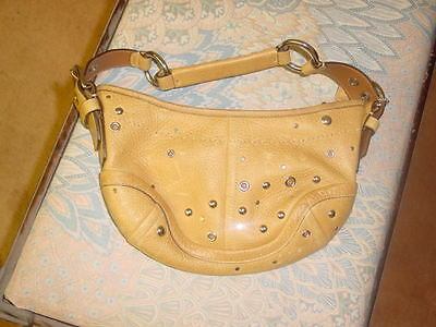 Coach handbag Leather in A-1 condition Rare and very stylish 11x6x1 inches