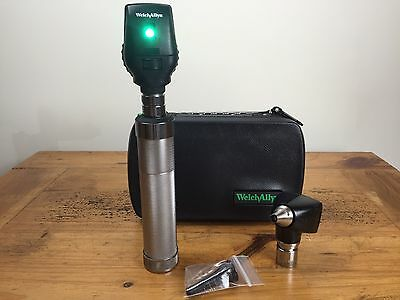 Welch Allyn 3.5 V Otoscope 25020A & Ophthalmoscope 11710 Diagnostic Set W Handle