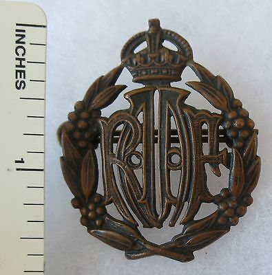 ORIGINAL WW2 Vintage ROYAL AUSTRALIAN AIR FORCE RAAF CAP BADGE INSIGNIA