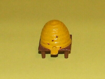 SCARCE BARRETTS METAL BEE HIVE  EXCELLENT condition