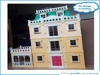 Sylvanian families Deluxe Country mansion with some accessories - TRACKED POST