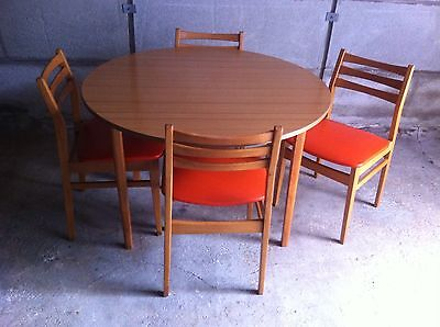 Vintage Wood Effect Formica Table And Four Chairs With Original Vinyl