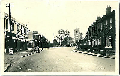 New Heston Road And Church Heston Middx. Real Photographic (Rp) Postcard