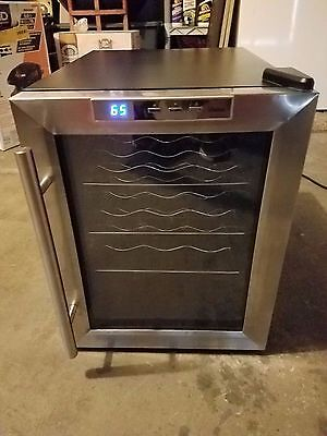 Vinotemp 12 Bottle Wine Fridge! Works Great!!! Model: VT-12TEDS