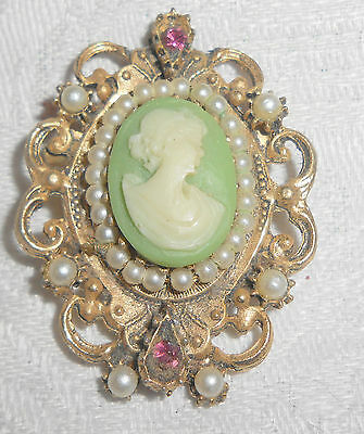 Unusual Vintage Green Cameo Pin Pendant Framed With Faux Pearls