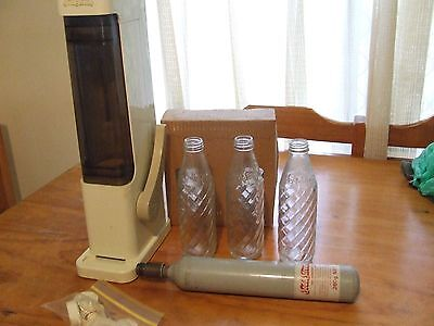 Soda Stream. Original, retro with Cylinder 6 Bottles and Lids Reduced!