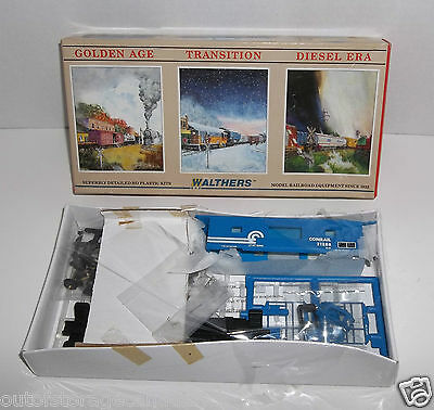 HO Scale Walthers 932-4364 Bay Window Caboose Conrail - NEW