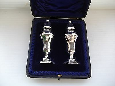 Superb Antique Hallmarked Solid Sterling Silver Pair Cased Pepperettes 1896 NR