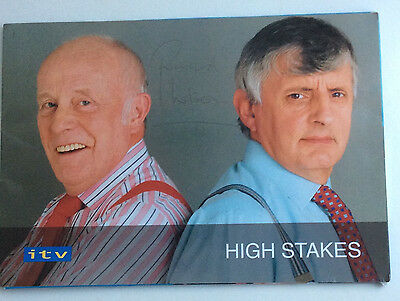 RARE SIGNED RICHARD WILSON UK TV PRESS KIT: One Foot in the Grave Actor