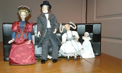 Victorian Style Dolls House Family of 4 Dolls. Poly/Resin 12th Scale