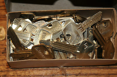 50 Fifty NOS. New Old Stock Sargent Key Blanks 12-275 S Hardware Keys for Locks