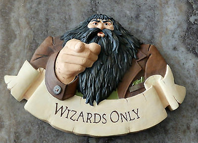 """Harry Potter Hagrid """"Wizards Only"""" Wall Plaque (2000)"""