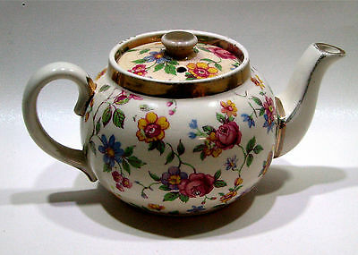 Very Small One Cup Sadler Teapot Floral and Gold Gilt Approx 1950s