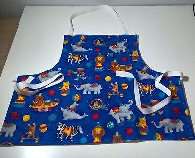 Handmade circus print toddler apron. suit age 2-5.
