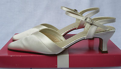 Rainbow Club Ivory Satin Bride Bridesmaid Shoes ~ Size 4