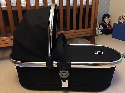Icandy Peach 2 Black Magic Carrycot In Excellent Condition