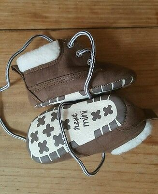 NEXT Baby Boy Girl Soft Warm Boots size 2 Infant 6-12 months