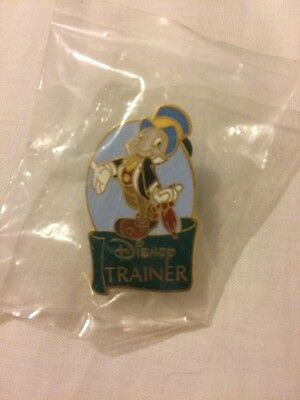 Disney Trainer Jiminy Cricket Pin New In Sealed Pouch