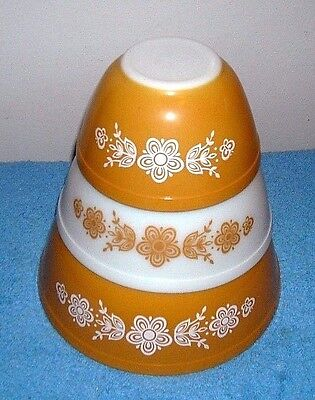 Pyrex  Butterfly Gold Mixing Bowl Set (3 Bowls) 401 402 403