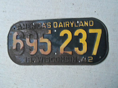 1942 Wisconsin License Plate WWII Pearl Harbor  man cave
