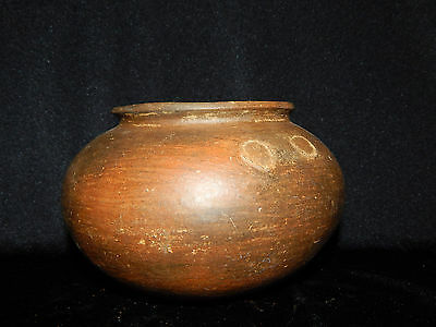 Pre-Columbian Tripod Clay Bowl, Nice Burnished Marks, Authentic